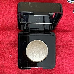 NEW - JULEP Dial Up Your Glam eyeshadow LUNA!